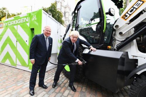 SUPER-EFFICIENT JCB HYDROGEN ENGINE GETS £100 MILLION INJECTION